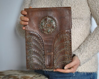 Vintage HANDMADE leather clutch ...(386)
