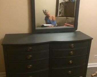 Vintage Dixie dresser with mirror