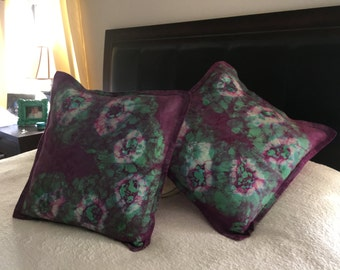 Two Batik flowers pillow cover/Decor flowers pillow/Home decor living room/Cushion decorative