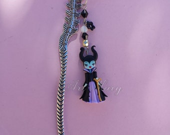 bookmark with maleficent in fimo, polymer clay