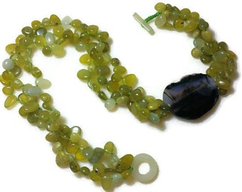 Olive Water Drop Jed Handmade Necklace