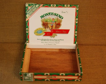 Vintage Cigar Box, red, white and green cigar box, great condition, bright colors, makes a nice display, storage box, craft box.