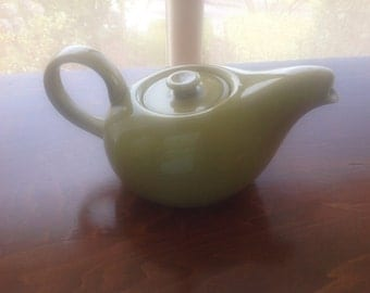 Amazing Russell Wright American Modern Tea Pot in Chartreuse