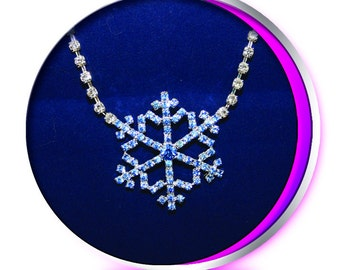 The Snowflake Necklace