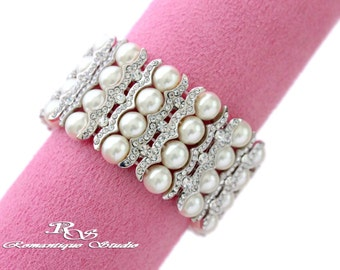 Pearl cuff bracelet, Wedding jewelry, Pearl bracelet, Wedding bracelet, Pearl bridal bracelet, Bridesmaid jewelry bracelet B0188