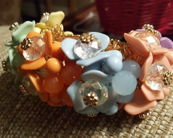 Colorful Blooms Bracelet, Flower Blossom Bracelet, Acrylic Stretch Bracelet