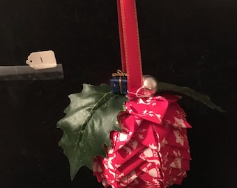 Qulited Christmas Pinecone Ornament/Decoration