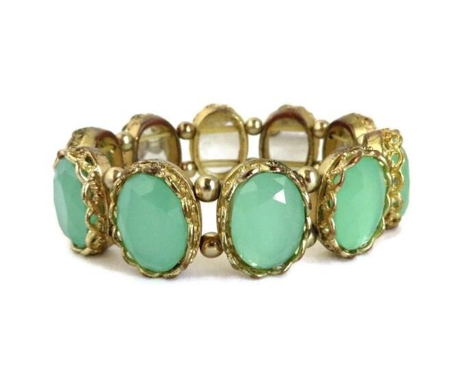 Emerald Glass Bracelet, Vintage Green Gold Tone Stretch Bracelet, Faceted Framed Glass, Gift idea, Gift Boxed