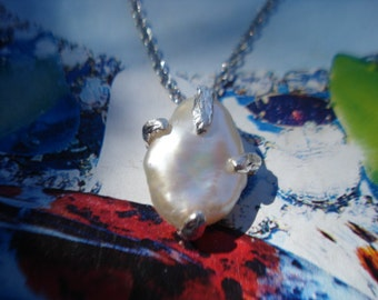 Pearl Pendant - Necklace Pendant - Baroque Pearl Necklace K91