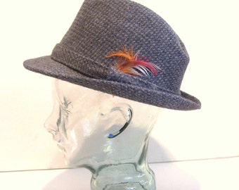 Vintage BECO Gray Tweed Mens Fedora Hat Size Small with Feathers