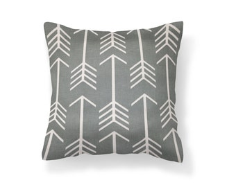 Arrow 18''x18'' Decorative Pillow Cover