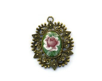 Vintage Cameo Pendant, Floral Cameo Pendant, Flower Pendant, Water Color Flower, Floral Jewelry, Antique Cameo, Rose Pendant, Rose Jewlery