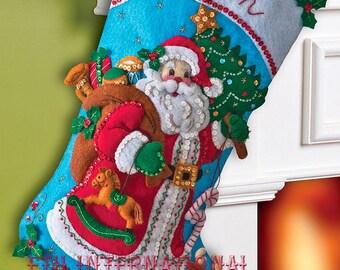 "Bucilla ~ ""Traditional Santa"" Felt Christmas Stocking Kit #86409 DIY"