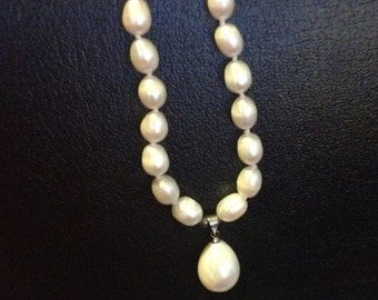 298-Genuine White Pearl Necklace, White Pearl Necklace, Pearl Necklace, White Pearl Necklace Pearls, Pearl Necklace
