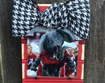 Alabama Beadboard Ornament Frame with Black & White Houndstooth Ribbon