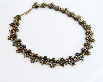 Metallic olive green necklace