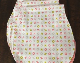 Organic xo burp cloth
