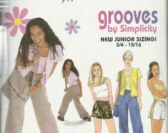 Simplicity 8574   Juniors Pants, Shorts, Bag, Cardigan, Tank Top   Size 11/12-14/16