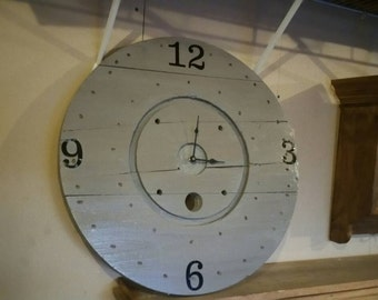 Wood spool clock
