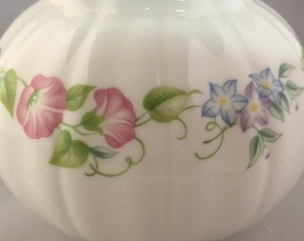 ROYAL WORCESTER English Garden vintage vase