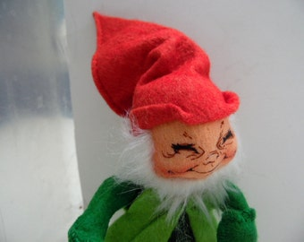 """1991 Vintage AnnaLee hand made doll.  Elf/ gnome. Tagged. Made in US, designer elf, hand made gnome, Christmas elf,  11"""" with hat, felt elf"""