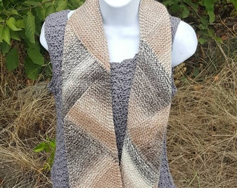 knit scarf, Triangle scarf (caramel), winter scarf, handcrafted scarf