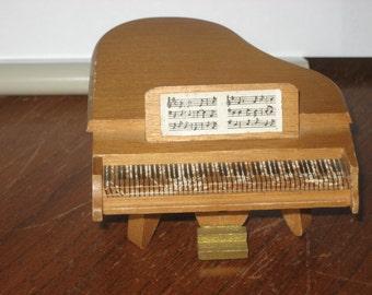 Shackman vintage dollhouse wood piano