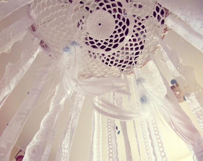 Bohemian Dreamcatcher Mobile - Baby Crib Mobile - Newborn Gift - Hippie Bedroom Decor - White Lace Mobile - Boho Nursery Decor