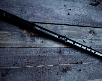 Black Lacquered Bamboo Flute