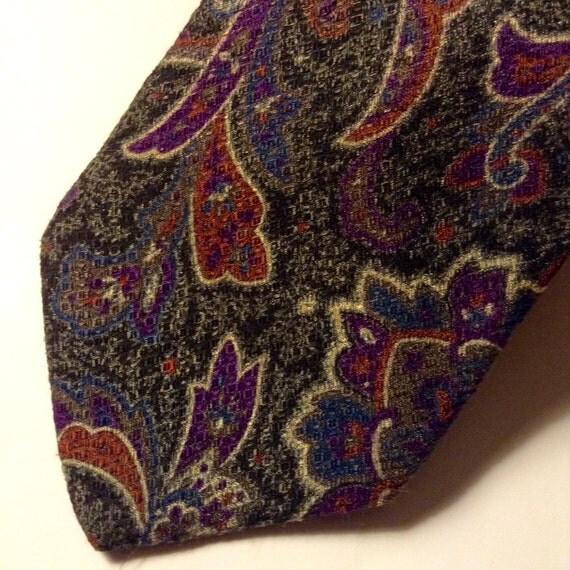 YVES SAINT LAURENT Silk Tie Paisley Rich Dark Colors