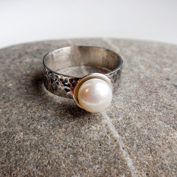 Intonation  -  sterling silver and freshwater pearl  ring