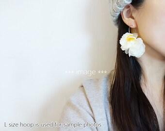 Ivory Flower Petals Earrings, volumy big flower hoop earrings / Glass pearls, silver tone Nickel free hoops - Ivory yellow -