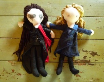 lexa and clarke dolls...clexacon