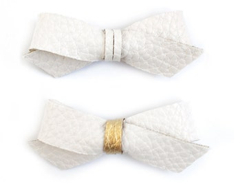 SWEETNSWAG Small HAIR BOW in Simply White