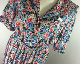 Perceptions Vintage 70's Plus Size Ladies Knee Length Pleated Floral Dress w Belt