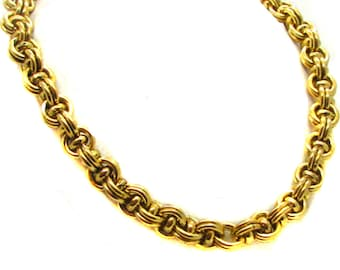 YVES ST LAURENT, elegant and timeless 80s necklace
