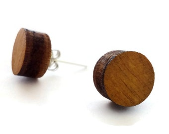 Laser cut wood circle stud earrings,wooden round stud earrings,wooden posts earrings,wooden studs earring,wood ear studs,button earrings