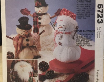 "McCall's Crafts 6723 pattern for ""A Country Christmas"" 1993 UNCUT"