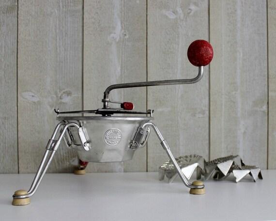 vintage french moulinette food mill masher. Black Bedroom Furniture Sets. Home Design Ideas