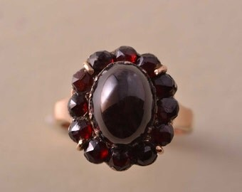 9ct Rose Gold Vintage Ring With Garnets