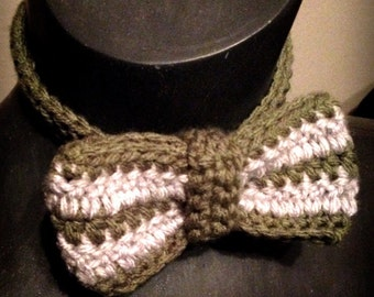 Slytherin inspired bow tie, Harry Potter inspired, Crochet bow tie