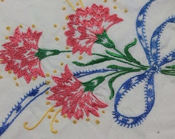 1950's hand embroidered pillow case set