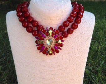 Necklace with semiprecious stones and crystals