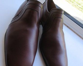 Vintage 1960's 'Wearra' Mens Shoes Size 8.5 - 'Real Leather Shoes'