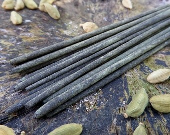 Cardamom & Vanilla Incense Sticks | Ultimate Grade | 100% Natural Incense | Traditional Indian Incense | Hand Rolled With Essential Oils