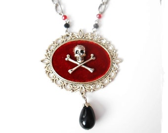 Skull Necklace  Cameo  Gothic