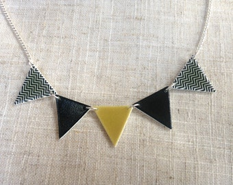Geometric necklace - Bunting necklace - Monochrome necklace - Black and gold - Triangle necklace - Chevron pattern