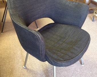 Vintage Eero Saarinen Knoll Associates Black Chair/ Midcentury Modern Executive Chair