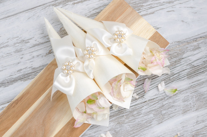 Luxury Petal Cones Wedding Flower Cones Confetti Cones