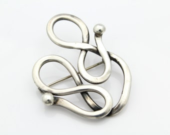 Vintage Artisan Swirly Organic Sterling Silver Forged Brooch. [6510]